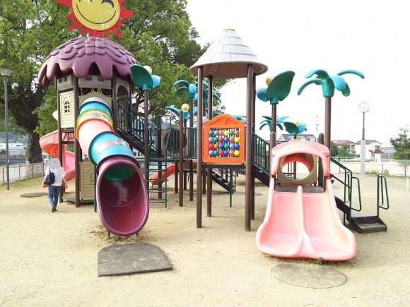 キラキラ公園遊具1